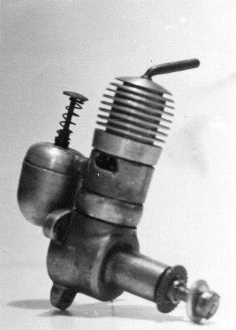 Foto č. 8 - SUPER ATOM 1,8 - poslední verze s děleným karterem